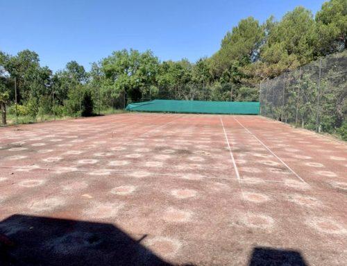 REFORMA pista de TENIS en Alt Empordà